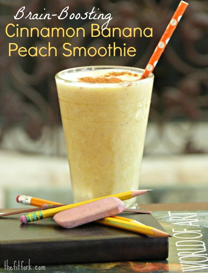 Brain-boosting Cinnamon Banana Peach Smoothie -- a great on-the-go back to school breakfast beverage. The cinnamon aids in alertness and brain function. | thefitfork.com