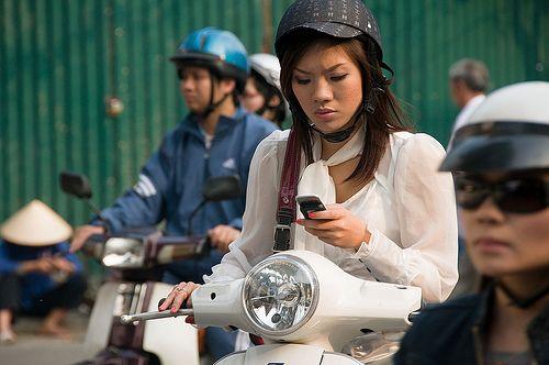 5 Kata Ajaib yang Bisa Bikin Putus Lewat SMS/BBM