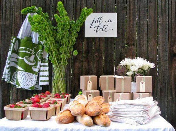 DECORACIÓN DE MERCADO  Decoración típica de un mercado de frutas y hortalizas para el día de vuestra boda en www.unabodaoriginal.es.