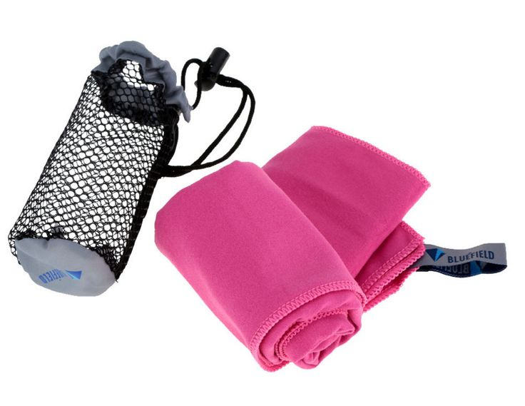 The backpacker's dilemma: When staying at hostels, do you cough up three euros to rent a towel at each place, or do you give up valuable backpack space to bring a towel from home? Fret no longer, frug