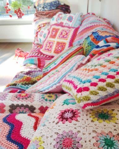 crochet love, no pattern: just to ogle its loveliness xox