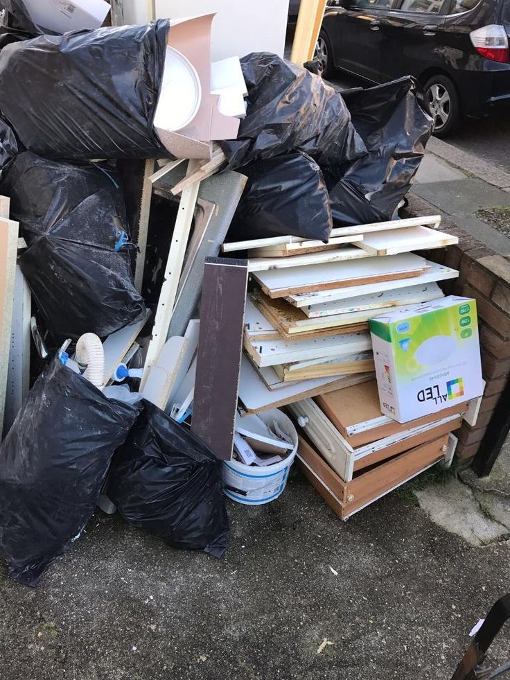 Wanted to get rid from unclean junk from you property? Rivas Rubbish Removal is famous for providing professional and reliable junk disposal service Melrose MA. They offer good quality and trustworthy junk disposal service at economical price.