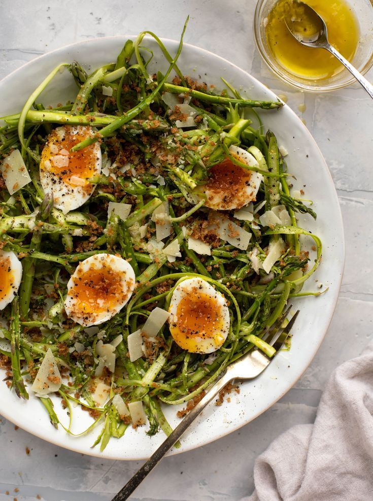 Shaved Asparagus Salad Shaved Parmesan Asparagus With Eggs In 2020 Parmesan Asparagus Salad Recipes Healthy Chicken Recipes