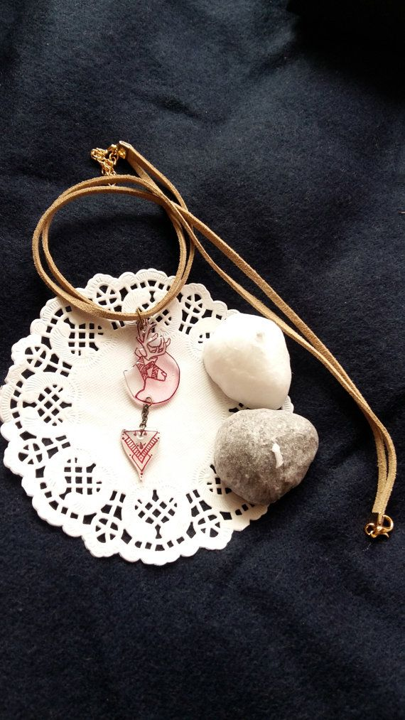 Hena reindeer necklace by Mirage by HeilaG https://www.etsy.com/listing/467647108/henna-reindeer-necklace-pink-moon-and