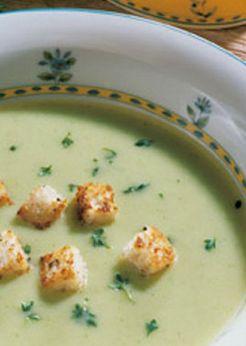 Veggie-Kräuter-Suppe: http://kochen.gofeminin.de/rezepte/rezept_leichte-krautersuppe-mit-joghurt_309343.aspx