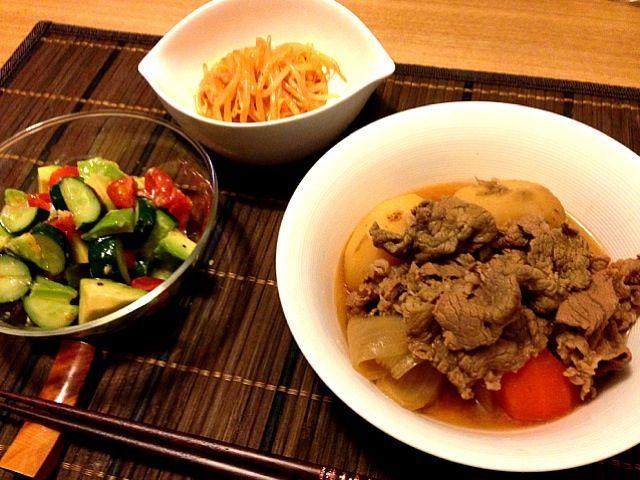 アボカドサラダを塩麹とアルガンオイルで。ちょっと変わった感じ。 もやしのナムルは韓国のコチュジャン味の鶏肉の缶詰めを使ってみた。 - 39件のもぐもぐ - 肉じゃが、アボカドサラダ、モヤシのナムル by usaco123