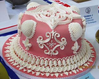 122 Best Images About Lambeth Styles Cakes On Pinterest