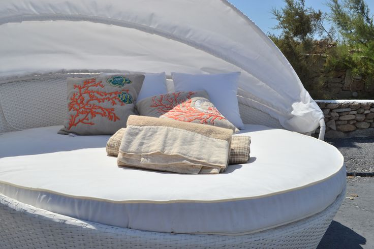 handmade cotton and linen for the sea by CHORA Art Home Design