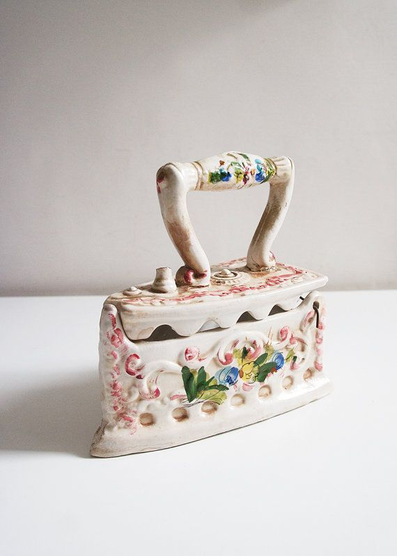 Vintage porcelain iron Porcelain pot Ceramic iron box Iron shaped trinket Italian porcelain Porcelain box Kitchen decor Italian decor