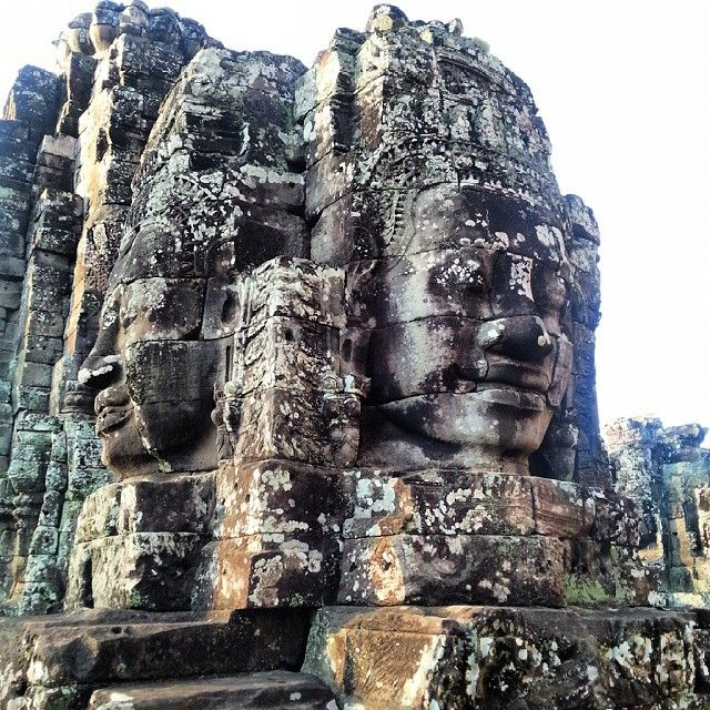 Det finns over 300 templer ved Angkor Wat - Bayon Temple! #buddhism #manyfaces #bayontemple #angkorwat #cambodia #explorelife #kilroy #asia