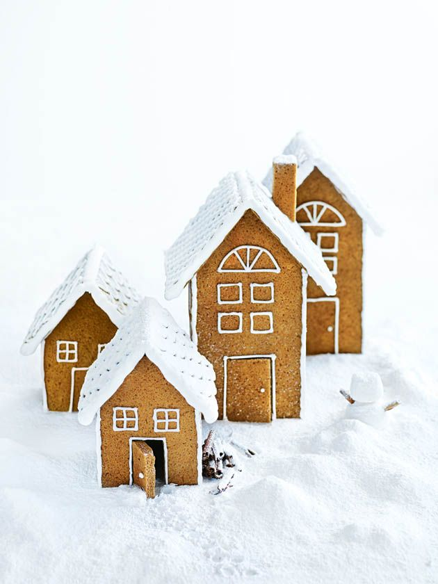 Winter Wonderland - Download the patterns of these gingerbread houses