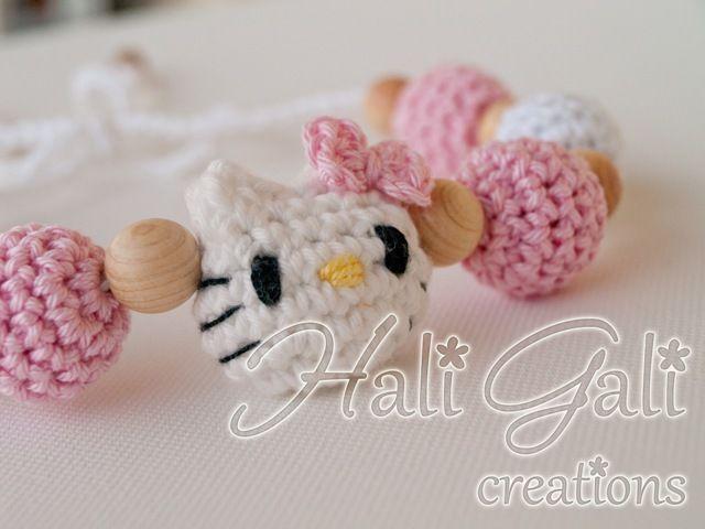 Hali Gali creations: Hello Kitty crochet nacklace!