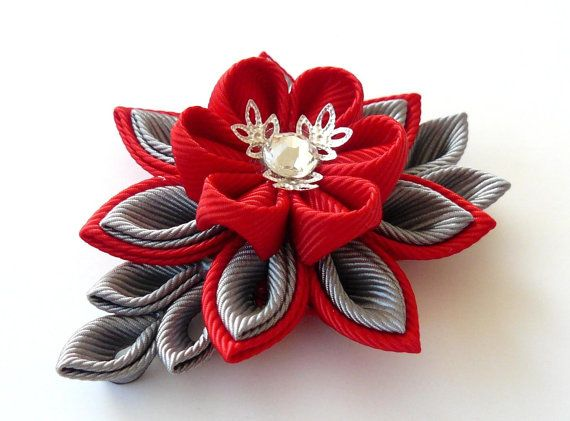 Handmade Red Wedding Boutonniere. Men's Red Grey Lapel от JuLVa
