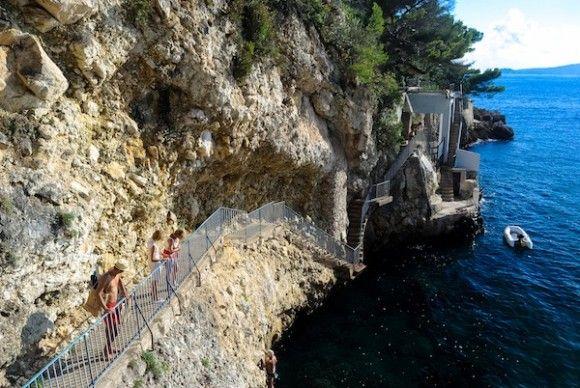 Cap d'Ail's sentier littoral footpath