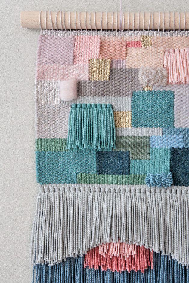 Handgewebter Wandteppich in verschiedenen Farben, Boho Wohndeko / colourful wall…