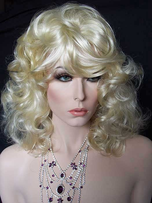 Pale Blonde Wig 4