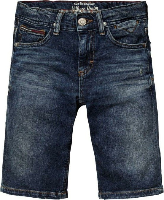 A classic; the jean short. Nothing more to say! Tommy Hilfiger