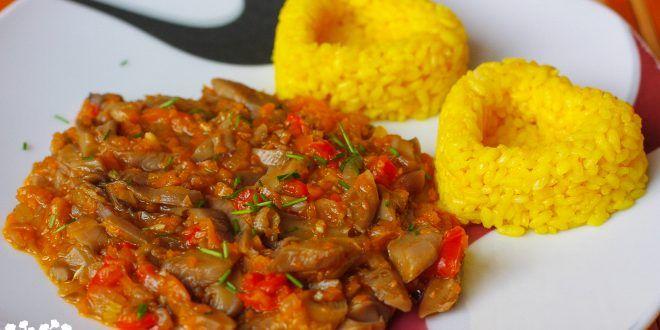 Hlivový paprikáš s kurkumovou ryžou
