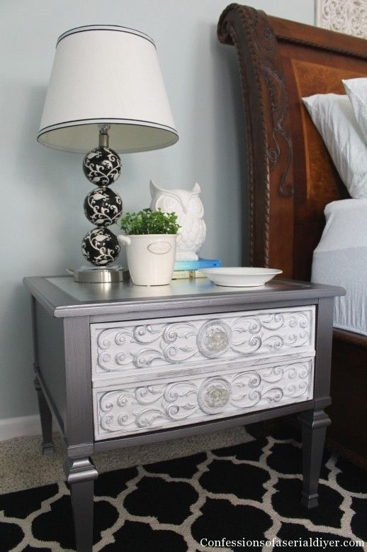 Glam Side Table With Silver Leaf Top Http Www
