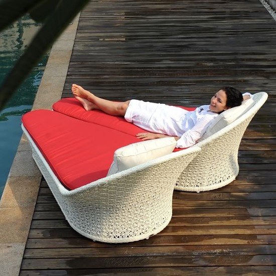 Honeymoon outdoor chaise lounge the honeymoon outdoor for S shaped chaise lounge chairs
