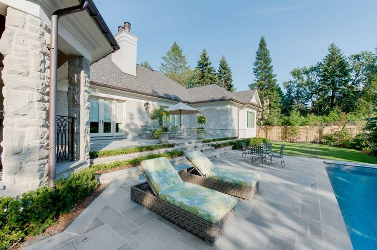 Luxury mansion in Oakville Ontario realized by Carlos Jardino and PCM Project and Construction Management Inc