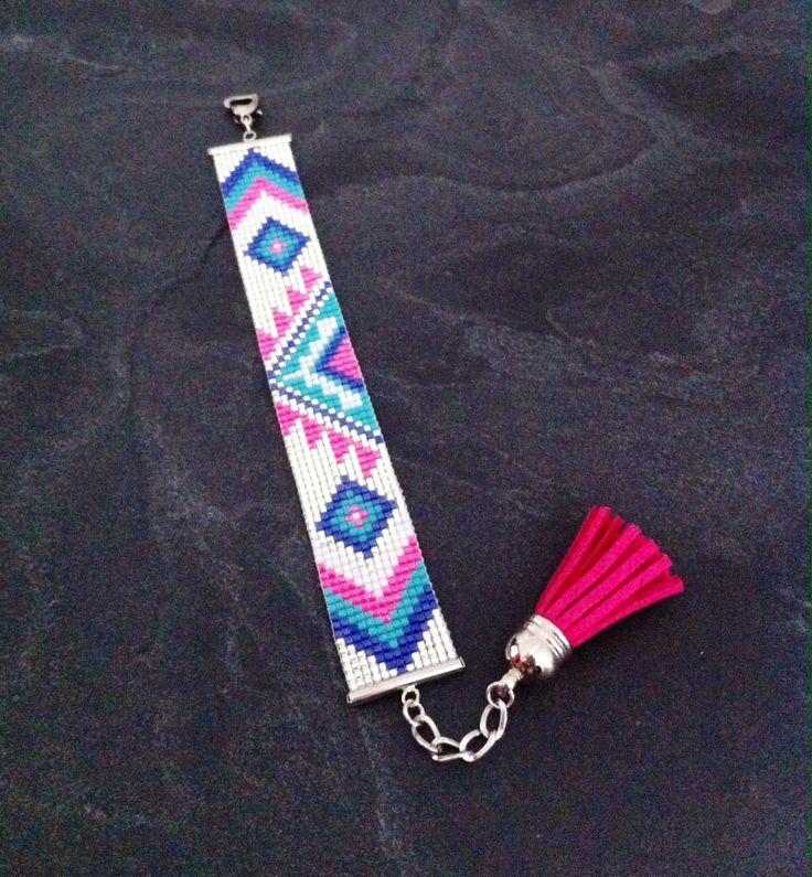 Bracelet Manchette Tribal Rose fluo, turquoise, bleu, blanc et argenté
