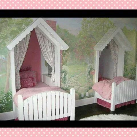 This is so beautiful! Wished i could do it like this for my girls, it would make the perfect bedroom