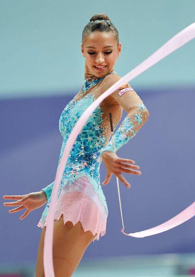 the champion. Evgeniya Kanaeva.