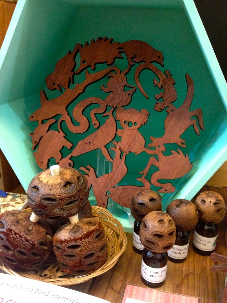 Aussie made and themed timber trivets - a great gift and good for posting.  the timber is sustainably sourced too.. good stuff!  in the foreground are banksia pod oil diffusers ... yummo!