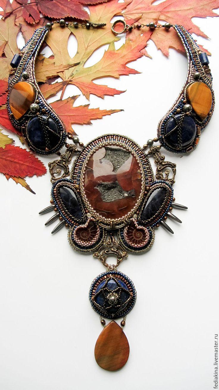 """Купить Колье""""Кхалиси, мать драконов"""" - коричневый, колье с камнями, игра престолов, дракон, симбирцит, огонь"""