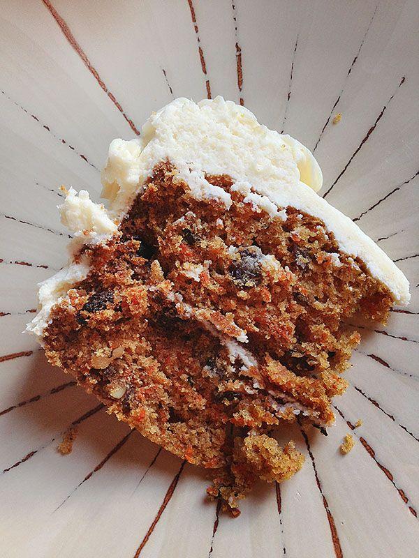 homemade carrot cake ~ http://iambaker.net