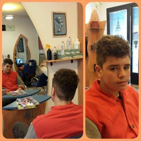 Taglio geometrico su ricci naturali! #taglio #haircuts #riccinaturali #look #trends