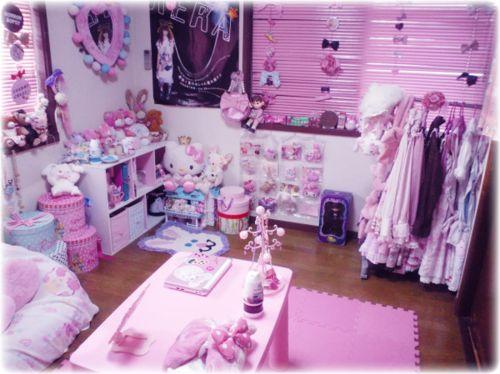 kawaii bedroom with hello kitty theme decorative bedroom - Fashion Designer Bedroom Theme