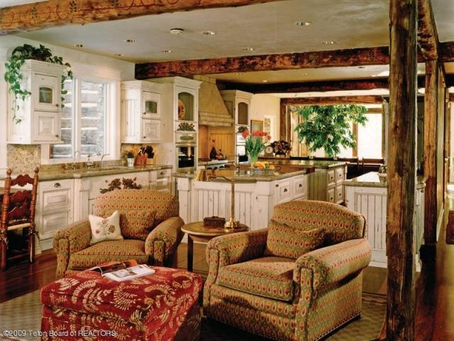 Best 25 wood ceiling beams ideas on pinterest for Hearth room furniture layout ideas