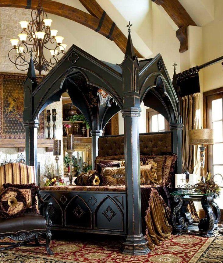 Готическая кровать и готика в интерьере