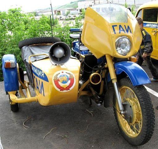 Советская милиция: УРАЛ.Soviet police motorbike