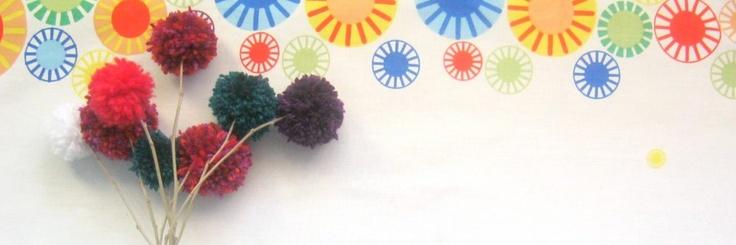 Un buchet de flori din pom-pom