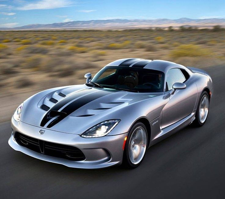The Dodge Viper! 8.4L V10 #dodge #viper #dodgeviper #2017 #car #cars #sports #sportcar #luxury #luxurycar #luxurysportscar #mechanic #mechanics #love #like #follow #gorgeous #beast #legendary #want #need #speed #power #torque
