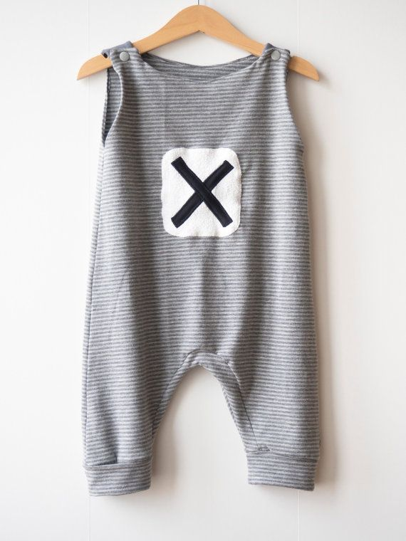 Baby romper Hipster baby jumpsuit Baby sensory by PicoPicoShop