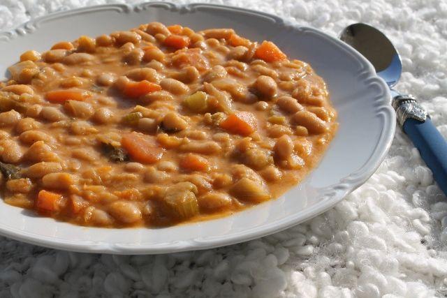 Winter's comfort food! Bean soup!