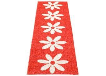prachtig rood tapijt met bloemen