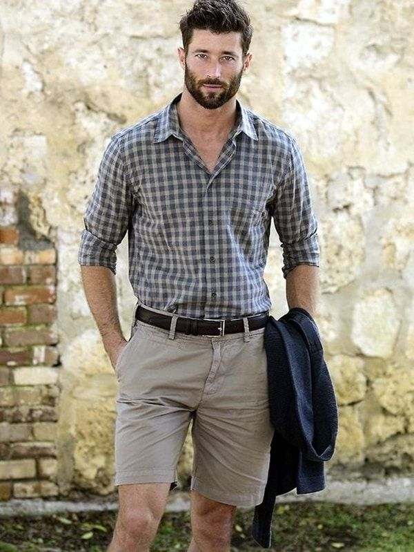 casual-outfits-for-men-over-40-38