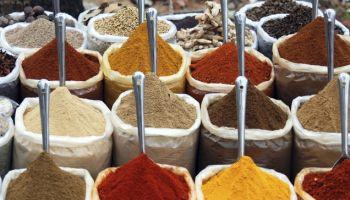 Hoe maak je zelf een nasi kruidenmix?