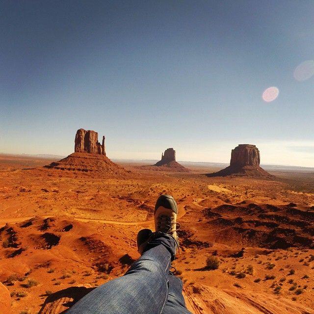 Instagram's peak project kicks back in Utah's Monument Valley. Via @TravelLeisure.