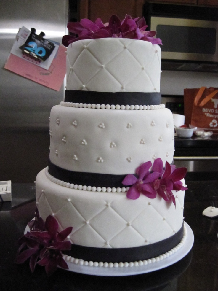 17 Best images about Wedding Cake Ideas on Pinterest ...