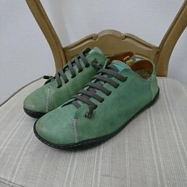 CAMPER カンペール レザースニーカー 42 約27㎝ グリーン 本革 人気モデル 高級靴