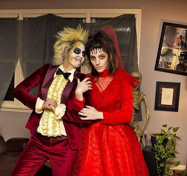 Beetlejuice and Lydia! #beetlejuice #lydia #halloween #costume #timburton
