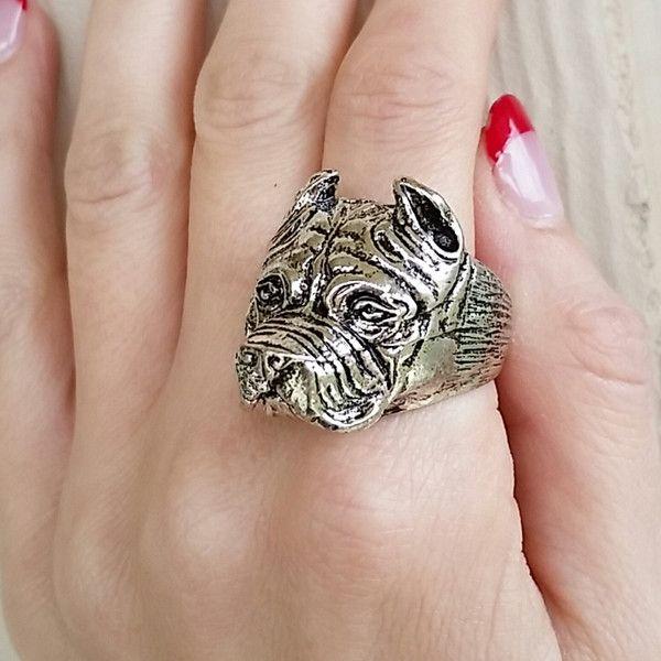 Staffordshire Bull Terrier Ring