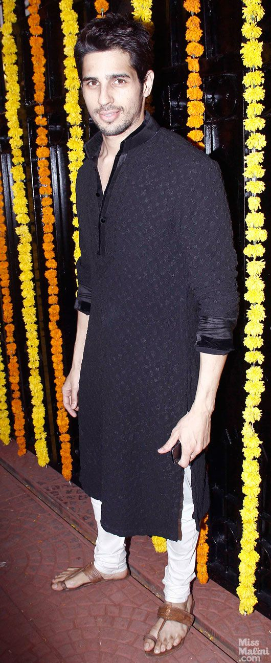 at Ekta Kapoor's 2013 Diwali Party Sidharth Malhotra in a long Kurta over Churidar w/ Kolhapuri Chappals  - MissMalini, via @sunjayjk