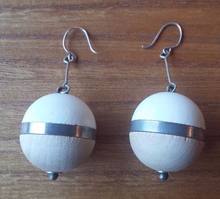 Aarikka Finland Vintage Wooden Ball Earrings White and Natural Toned Wood  #Aarikka #Beaded